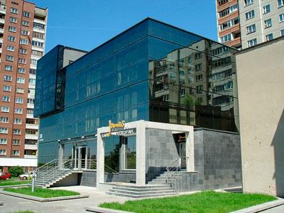 Административное здание с рестораном по ул. Сурганова в Минске
