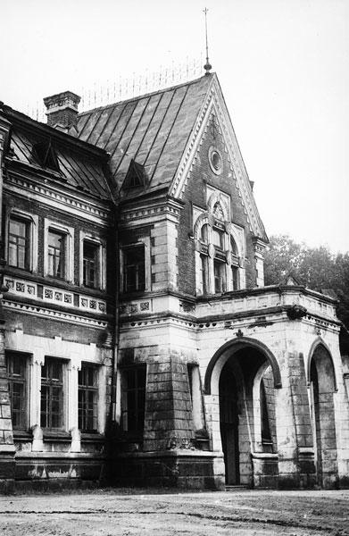 Усадьба в д. Красный Берег Жлобинского р-на. 1890—1893 гг.