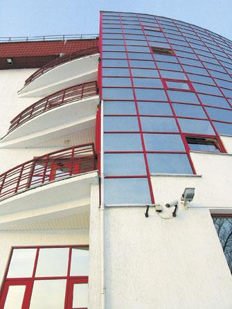 Административное здание по ул. Коммунистической