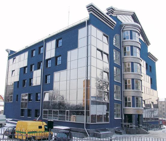 Административное здание по ул. Рабкоровской