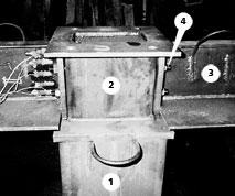 Рис. 2. Соединение ригеля с колонной: 1 — колонна; 2 — стыковой элемент; 3 — ригель; 4 — монтажные болты